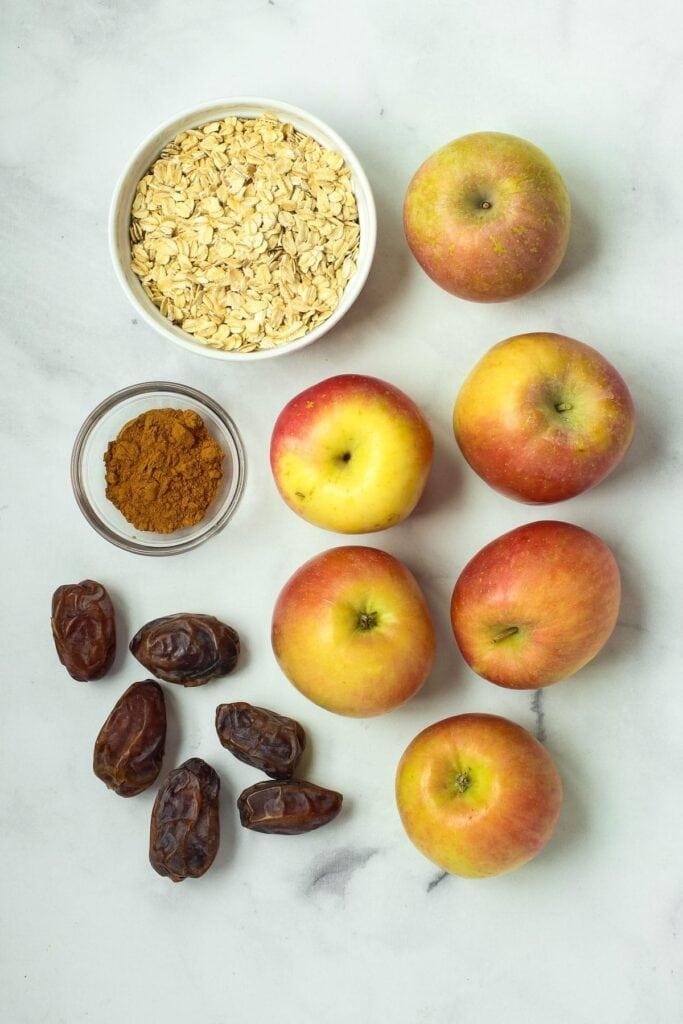 apple crisp ingredients: apples, oats, dates and cinnamon